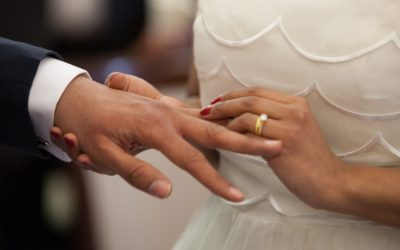 When Should You Sign Your Marriage License?